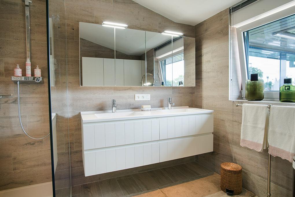 Badkamer Sanitair Brugge : H p badkamers
